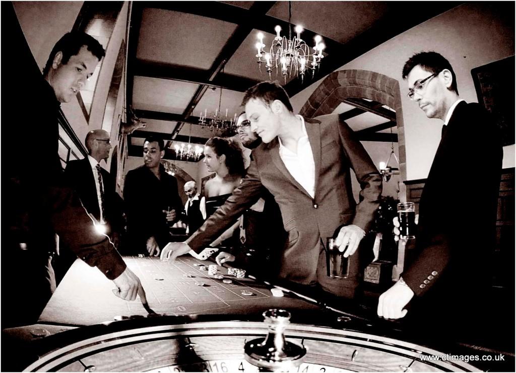 peckforton-castle-wedding-photography-casino