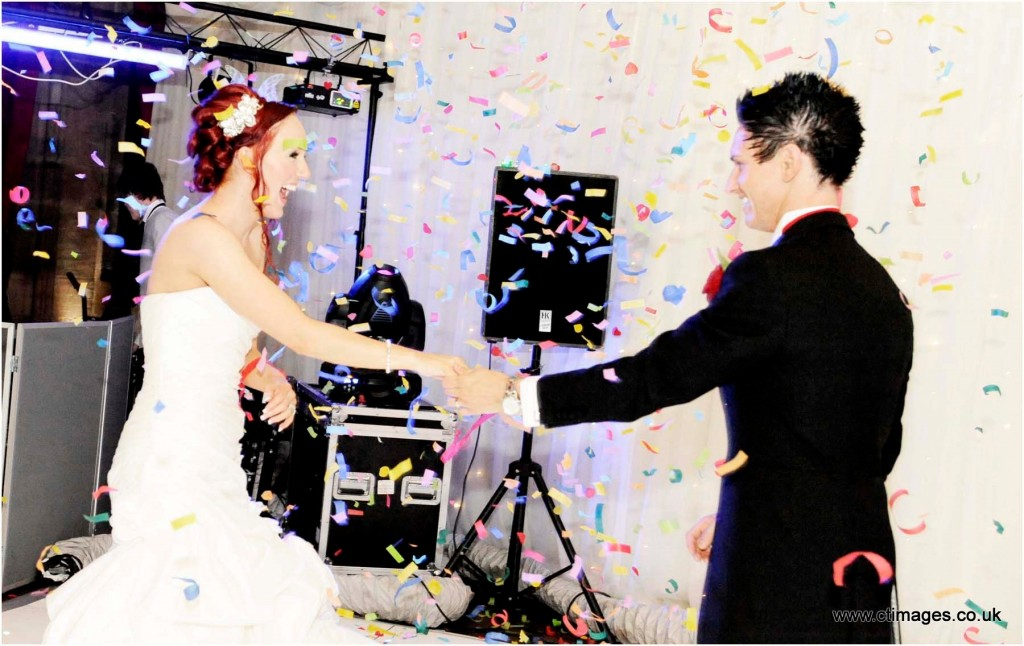 peckforton-castle-wedding-photography-first-dance
