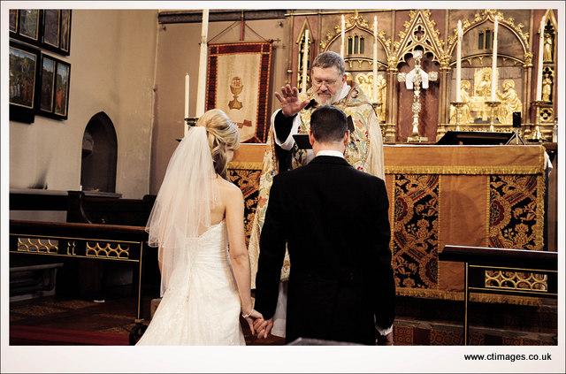 wedding photographer moorside grange hotel disley 16