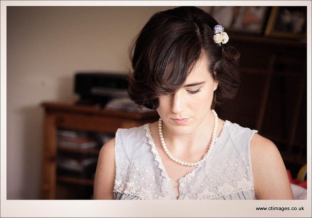 moorside-grange-hotel-wedding-photography-bridesmaid