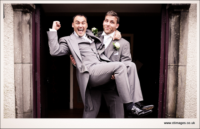 mitton-hall-wedding-photography-fun-relaxed-photographer.jpg