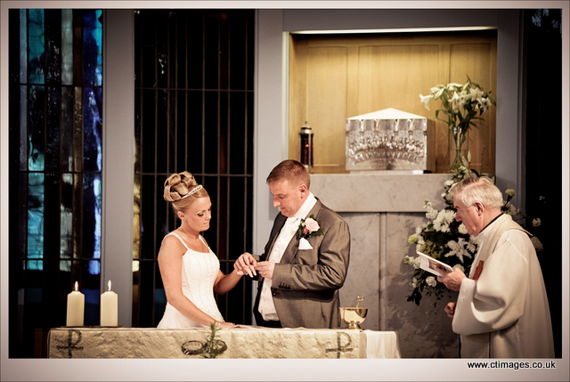 wedding photographers near liverpool 9