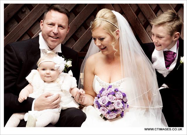 holiday-inn-bolton-weddings-photography-family-photos