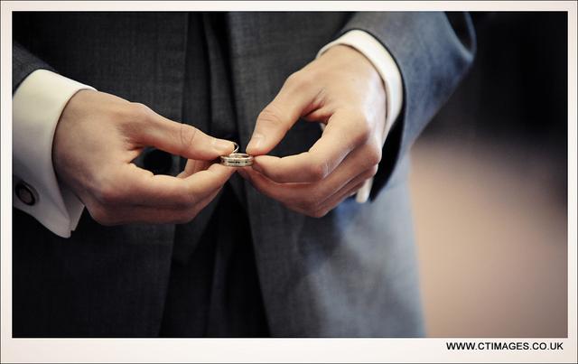 rivington-hall-barn-weddings-photographers-rings