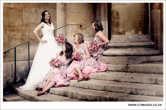 manchester-wedding-photographers-bridesmaids-in-vivien-of-holloway