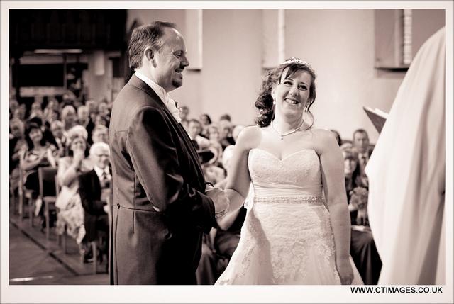 rivington-hall-barn-weddings-photography-st-peters-church