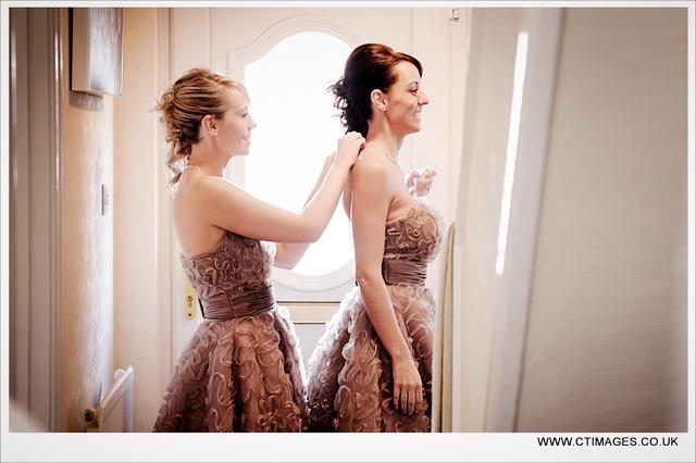 bolton-school-weddings-photographer-bridesmaids