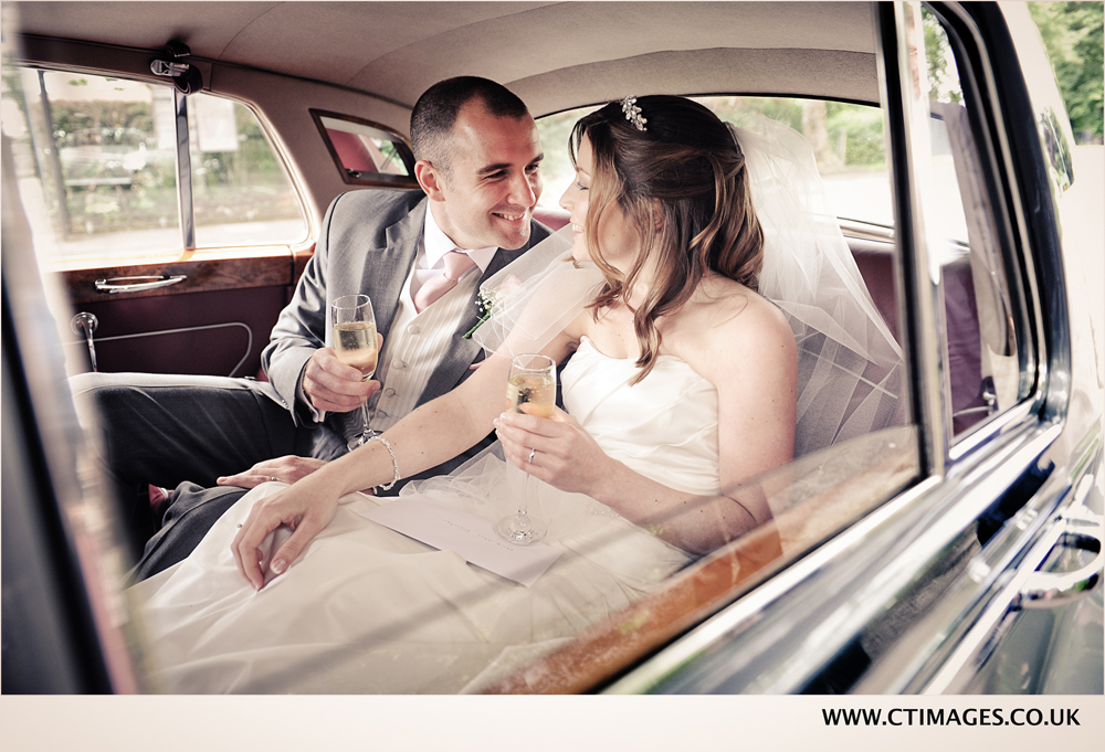photography of-wedding-couple-in-car-at-egerton-house