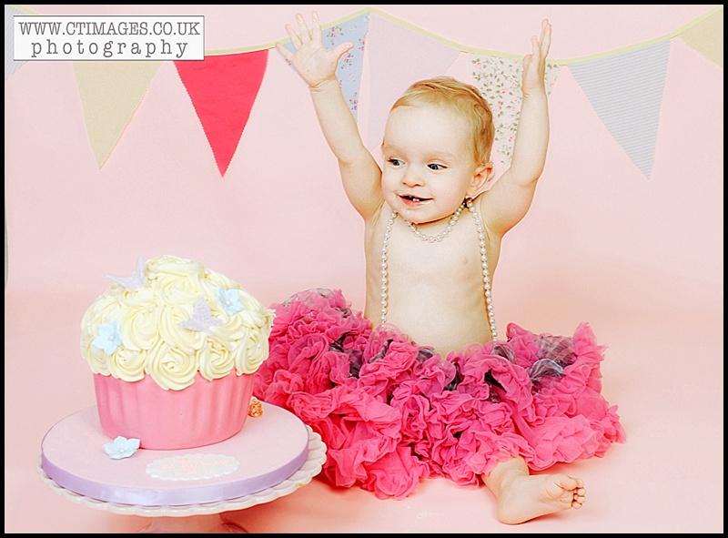 Cake-smash-portraits-bolton.jpg