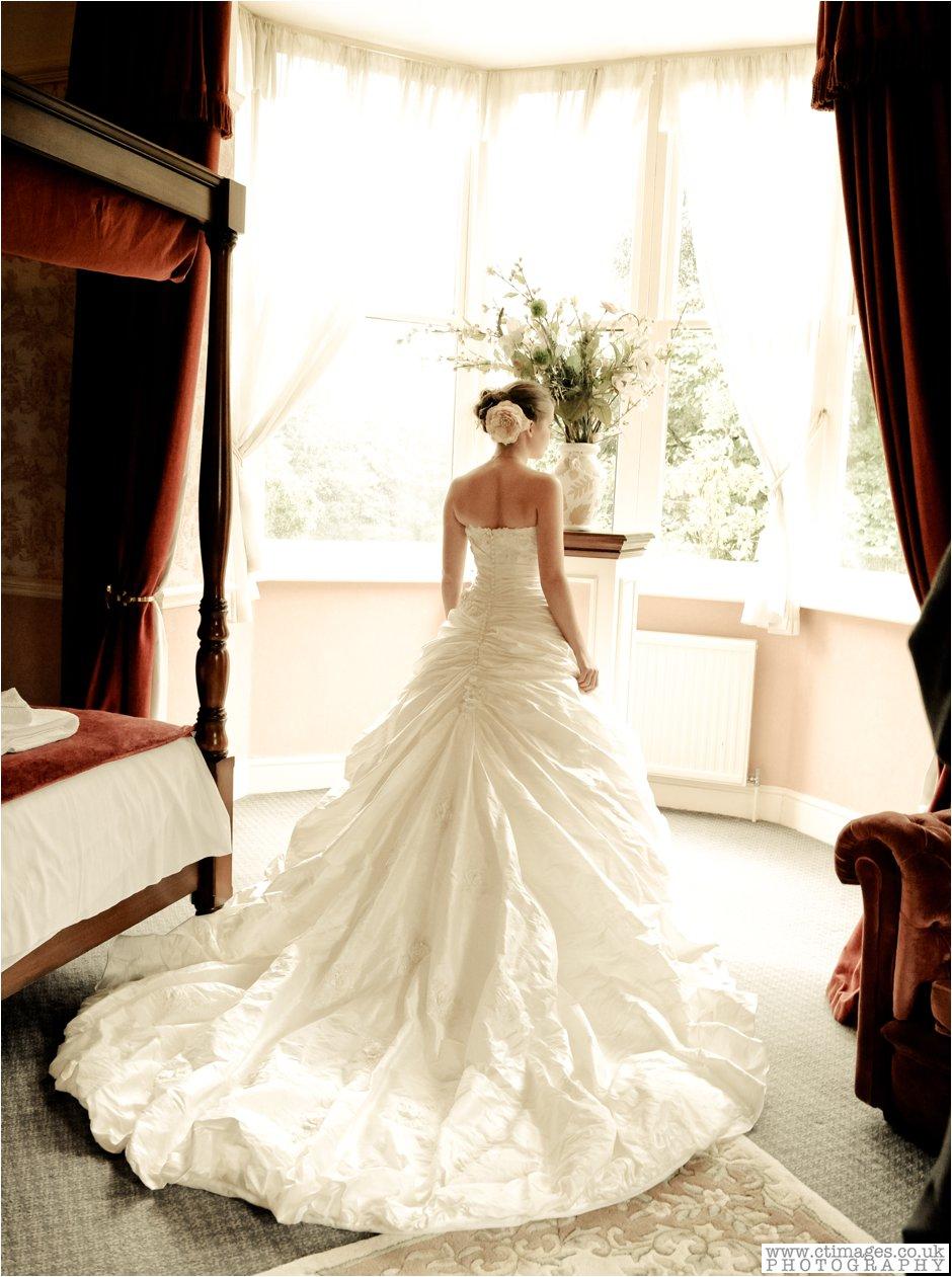 ashfield house-photographer-wedding-photography-standish-weddings-vintage-bride-10.jpg
