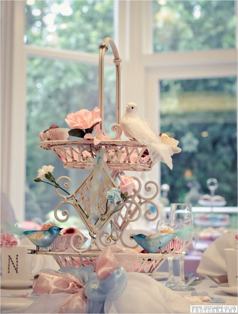 ashfield house-photographer-wedding-photography-standish-weddings-vintage-bride-19.jpg
