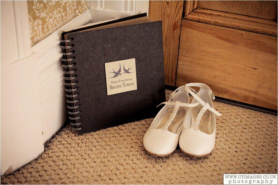 astley-hall-wedding-photos-chorley-weddings-lancashire-photographers-creative-female-photography_0004.jpg