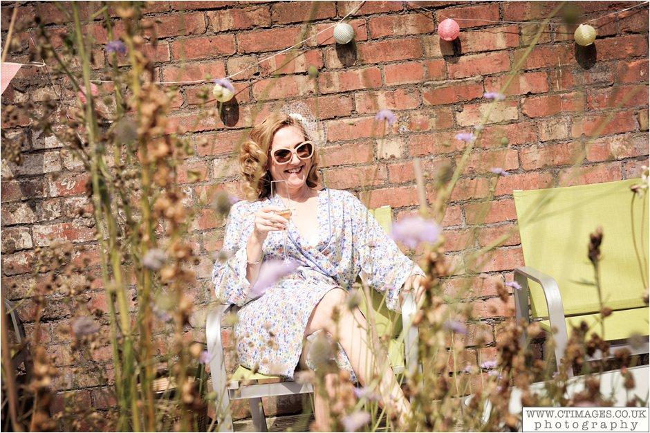 astley-hall-wedding-photos-chorley-weddings-lancashire-photographers-creative-female-photography_0008.jpg