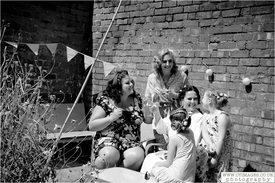 astley-hall-wedding-photos-chorley-weddings-lancashire-photographers-creative-female-photography_0009.jpg