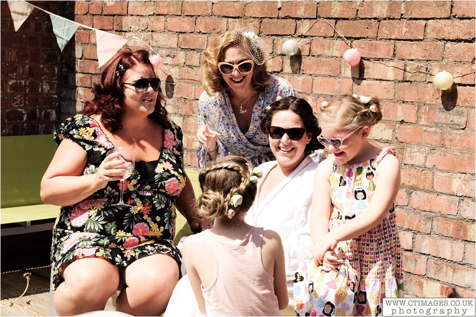 astley-hall-wedding-photos-chorley-weddings-lancashire-photographers-creative-female-photography_0010.jpg