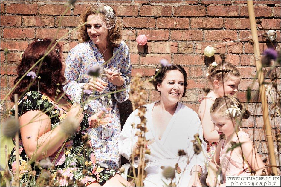 astley-hall-wedding-photos-chorley-weddings-lancashire-photographers-creative-female-photography_0012.jpg
