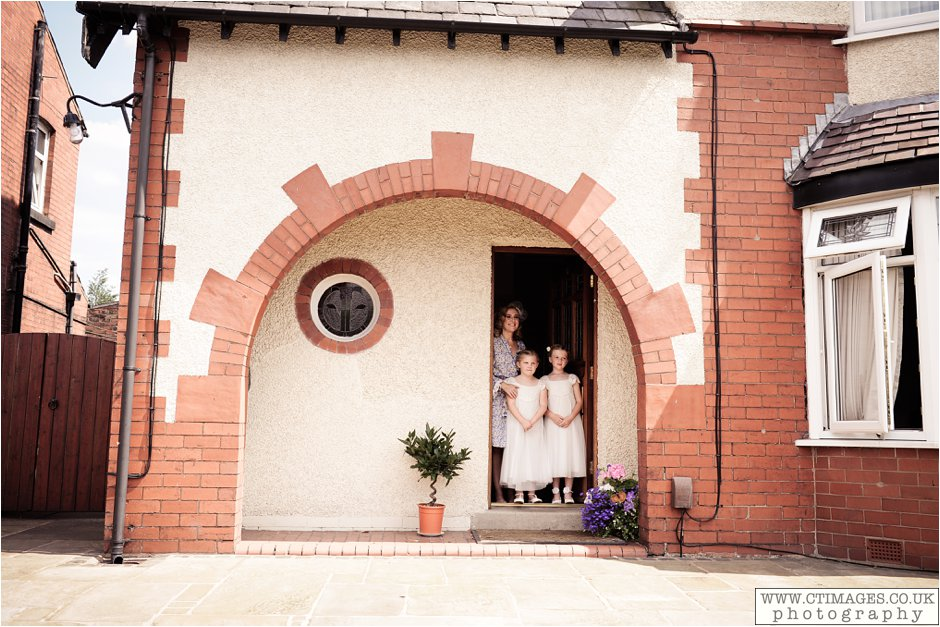 astley-hall-wedding-photos-chorley-weddings-lancashire-photographers-creative-female-photography_0014.jpg