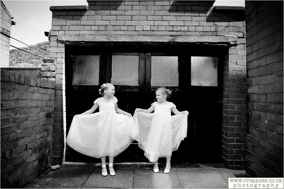 astley-hall-wedding-photos-chorley-weddings-lancashire-photographers-creative-female-photography_0015.jpg