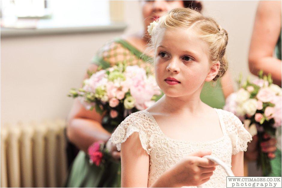 astley-hall-wedding-photos-chorley-weddings-lancashire-photographers-creative-female-photography_0025.jpg