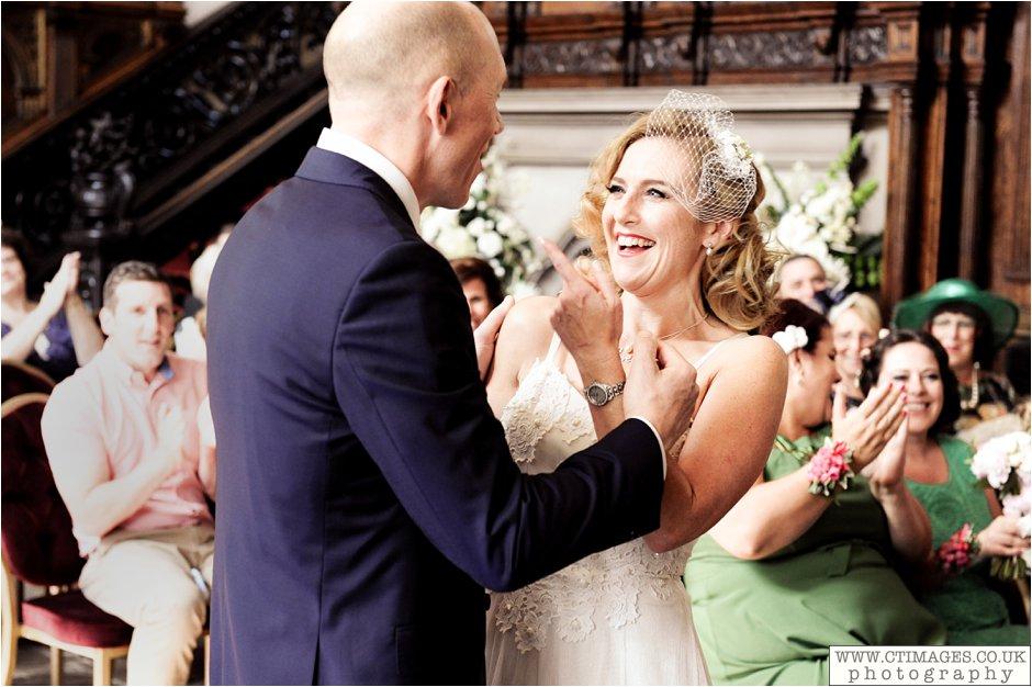 astley-hall-wedding-photos-chorley-weddings-lancashire-photographers-creative-female-photography_0030.jpg