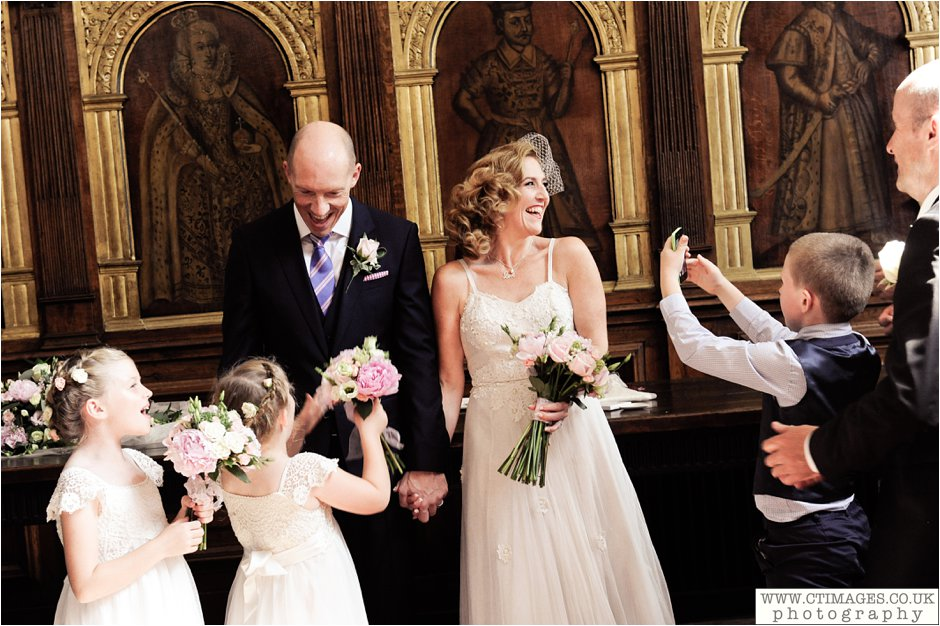 astley-hall-wedding-photos-chorley-weddings-lancashire-photographers-creative-female-photography_0032.jpg