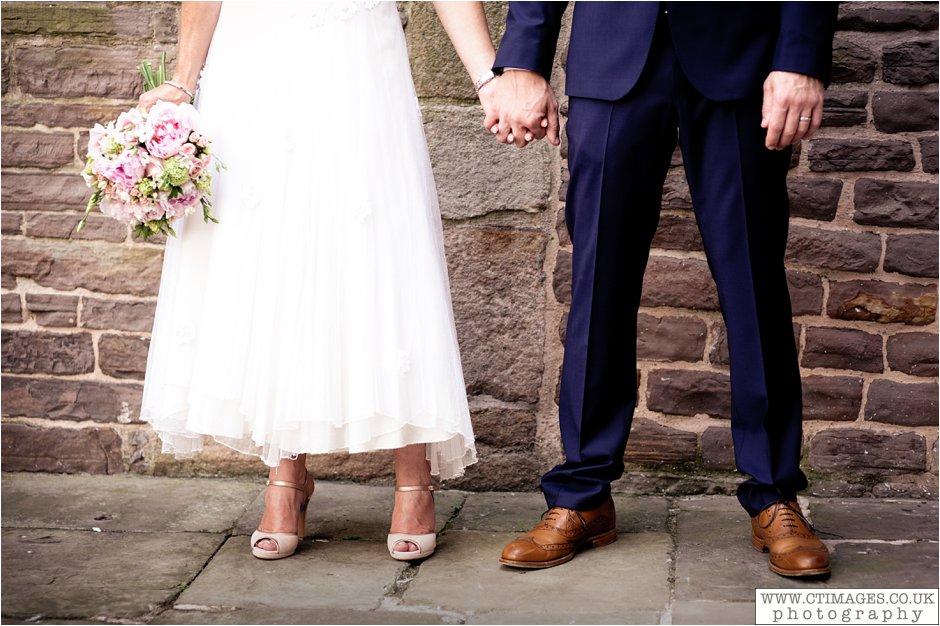 astley-hall-wedding-photos-chorley-weddings-lancashire-photographers-creative-female-photography_0039.jpg