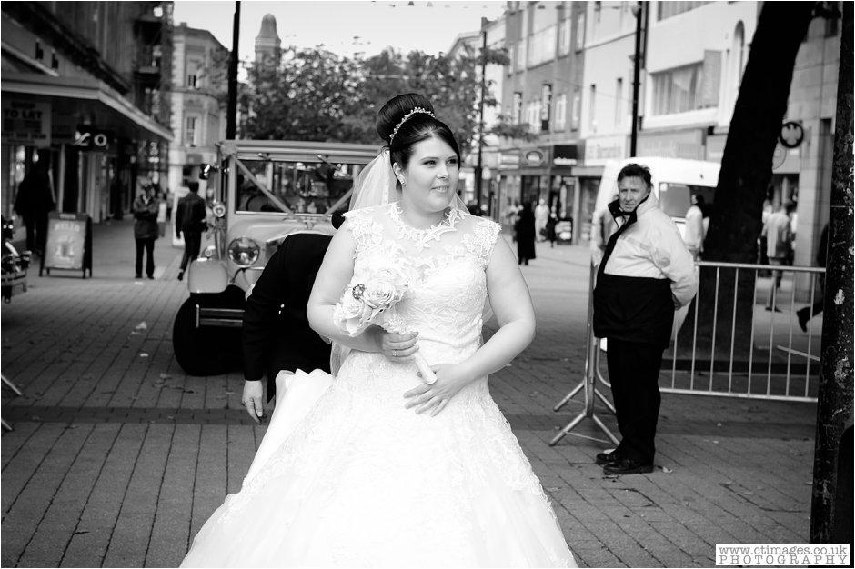 bolton-albert-halls-wedding-photographer-pack-horse-affetside-weddings-female-photography-creative-photographers_0010.jpg