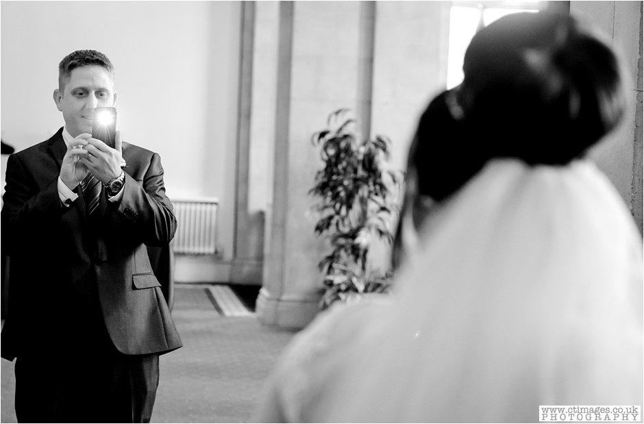 bolton-albert-halls-wedding-photographer-pack-horse-affetside-weddings-female-photography-creative-photographers_0020.jpg