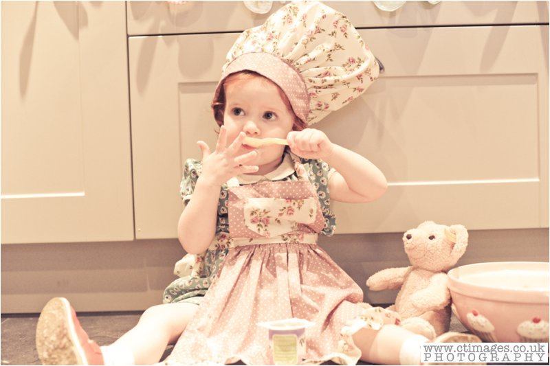 cake-smash-manchester-female-photographer-vintage-photos-childrens-portrait-photography-22
