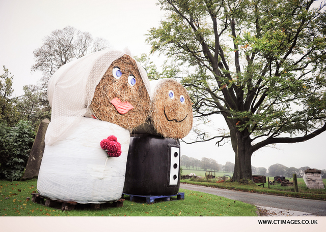 HEATON HOUSE FARM WEDDING / Macclesfield Wedding Photography : Martin+Hayleigh