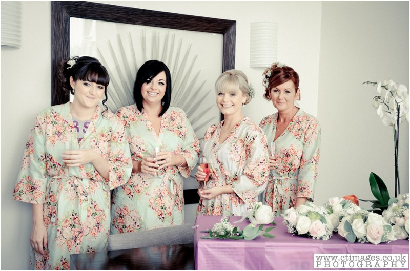 greater-manchester-female-photographer-wedding-photography-vintage-photos-weddings-12.jpg