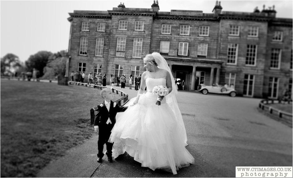 haigh-hall-wedding-photography-wigan-weddings-photographer-creative-female-photographers_0010