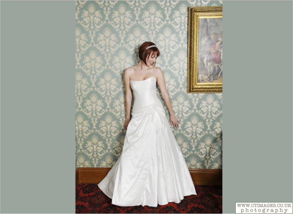 haigh-hall-wedding-photography-wigan-weddings-photographer-creative-female-photographers_0011