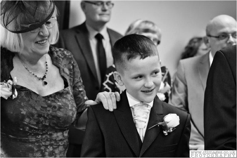 leigh-wedding-photos-greyhound-photographer-sporting-lodge-photography-14.jpg