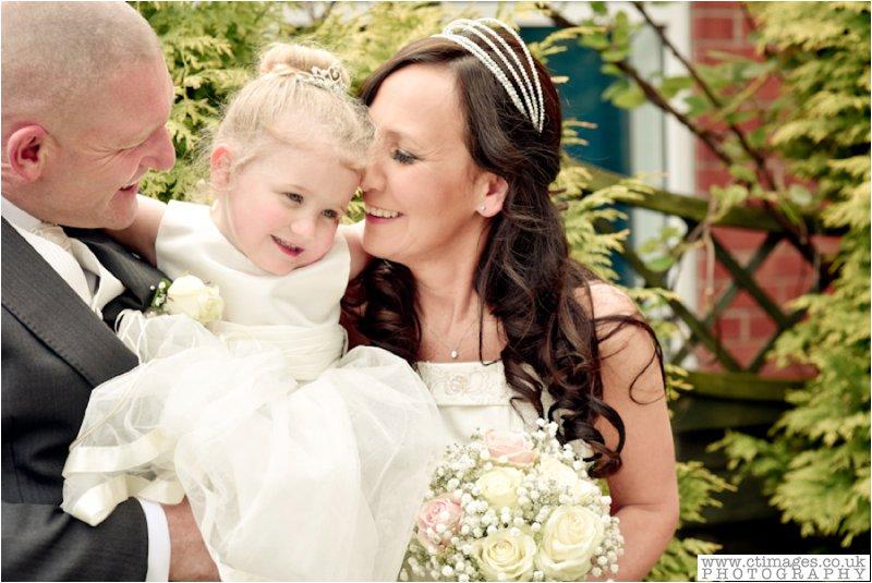 leigh-wedding-photos-greyhound-photographer-sporting-lodge-photography-17.jpg
