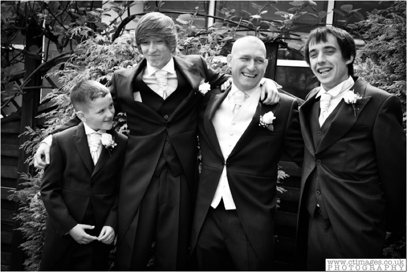 leigh-wedding-photos-greyhound-photographer-sporting-lodge-photography-4.jpg