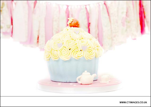 manchester-cake-smash-photography