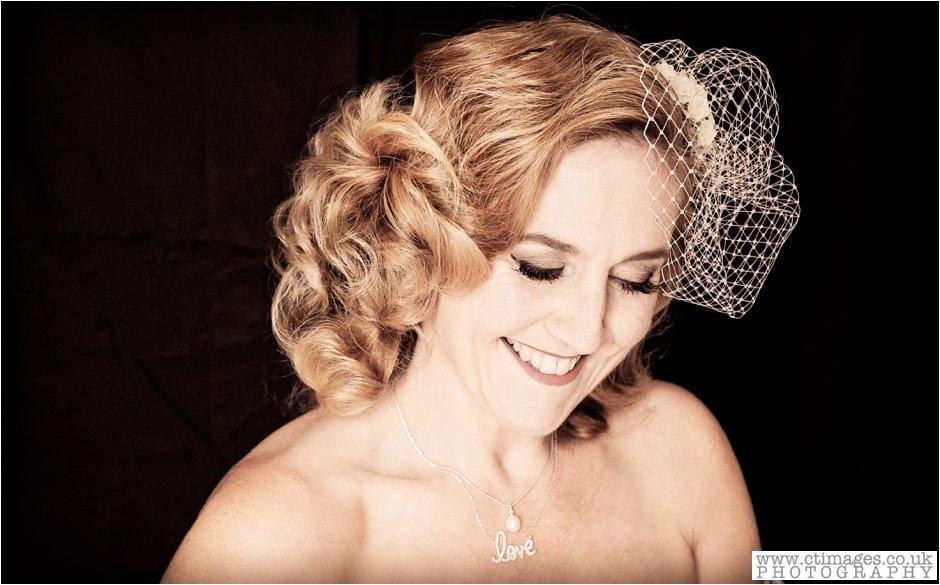 manchester-vintage-photographer-wedding-photography-homemade-weddings-vintage-bride-14.jpg