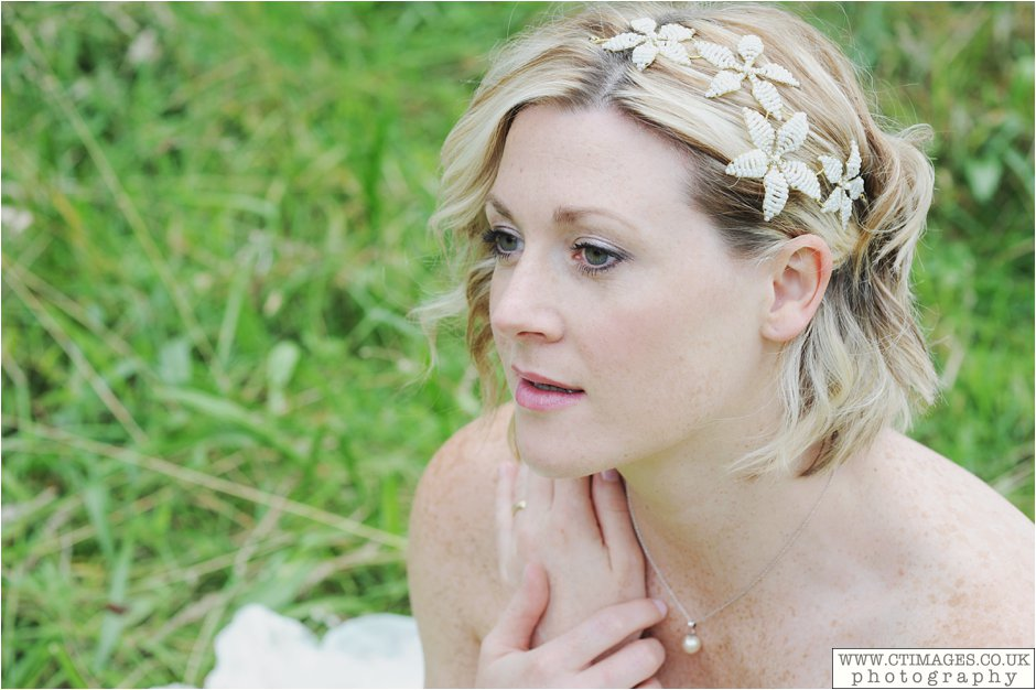 manchester-wedding-photos-bride-weddings-female-photographers-creative-photographer_0003.jpg