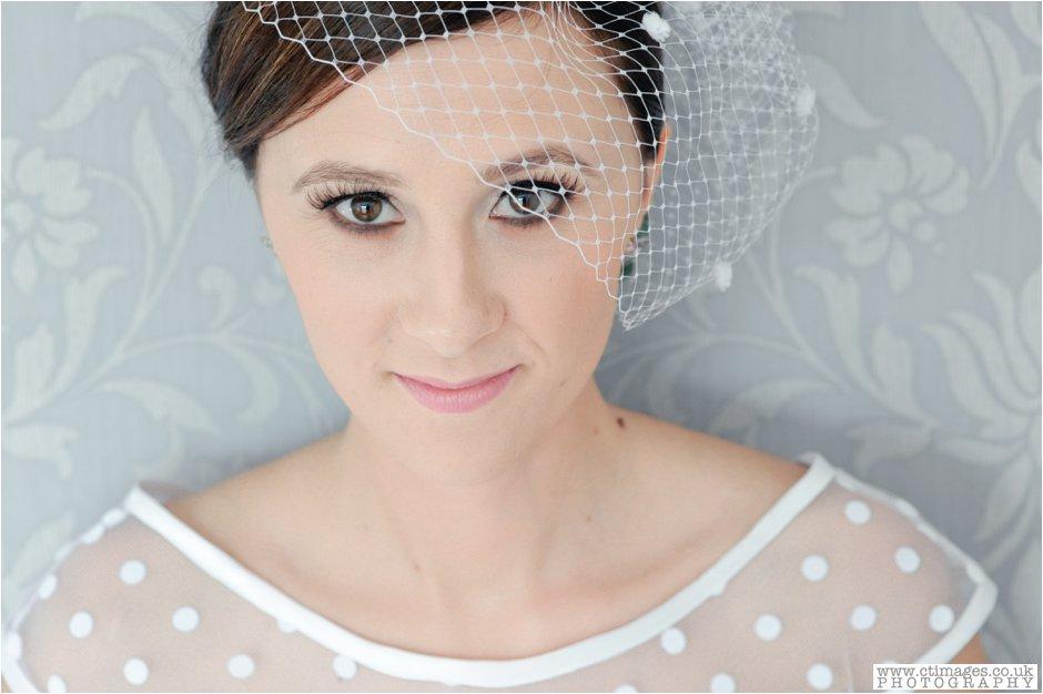 rivington-hall-barn-wedding-photographer-lancashire-weddings-female-photography-creative-photographers_0001.jpg