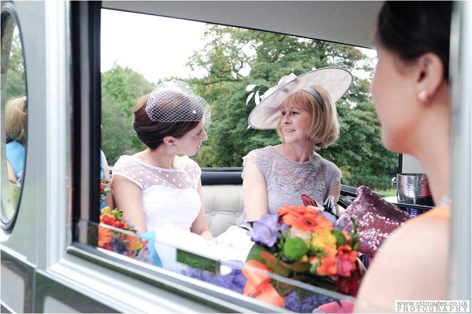 rivington-hall-barn-wedding-photographer-lancashire-weddings-female-photography-creative-photographers_0010.jpg