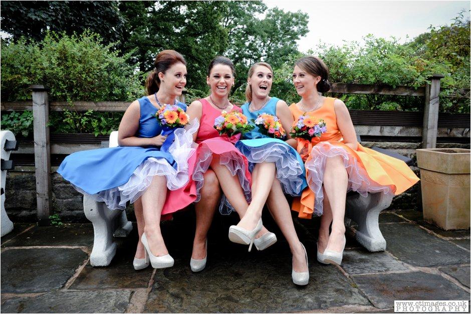 rivington-hall-barn-wedding-photographer-lancashire-weddings-female-photography-creative-photographers_0017.jpg