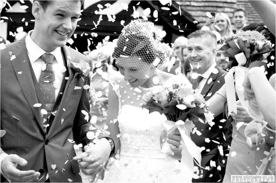 rivington-hall-barn-wedding-photographer-lancashire-weddings-female-photography-creative-photographers_0021.jpg