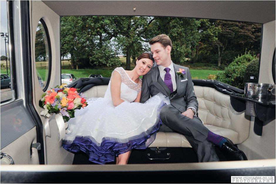 rivington-hall-barn-wedding-photographer-lancashire-weddings-female-photography-creative-photographers_0025.jpg