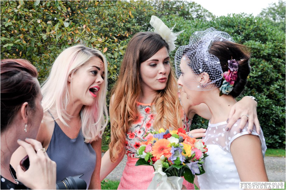 rivington-hall-barn-wedding-photographer-lancashire-weddings-female-photography-creative-photographers_0052.jpg