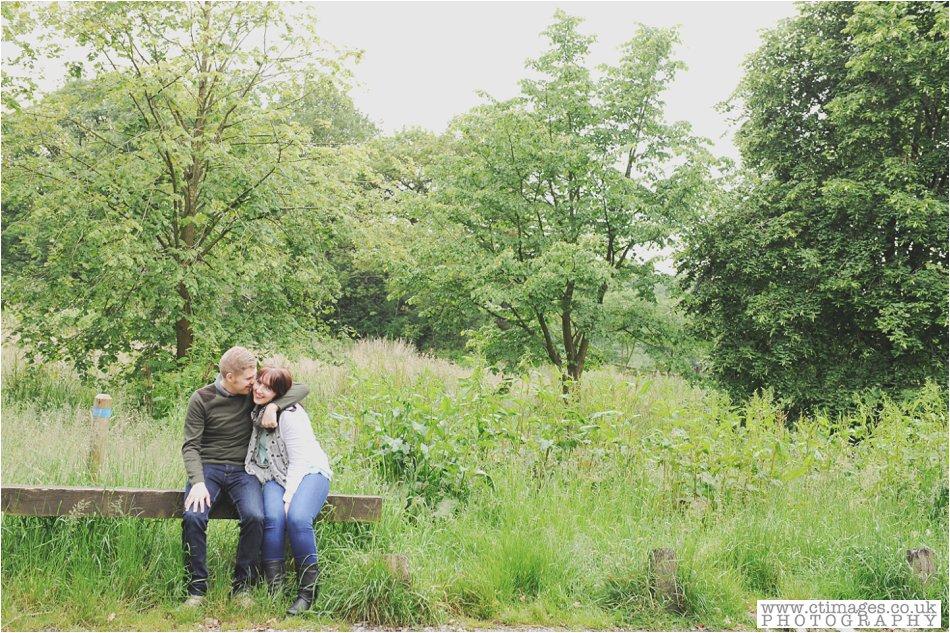 rivington-wedding-photography-horwich-engagement-photographs-creative-wedding-photos_0002.jpg