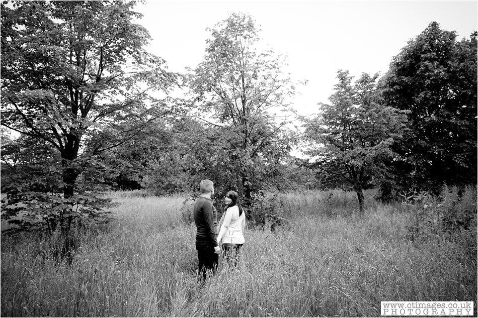 rivington-wedding-photography-horwich-engagement-photographs-creative-wedding-photos_0007.jpg