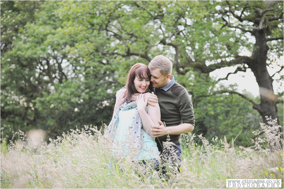 rivington-wedding-photography-horwich-engagement-photographs-creative-wedding-photos_0026.jpg